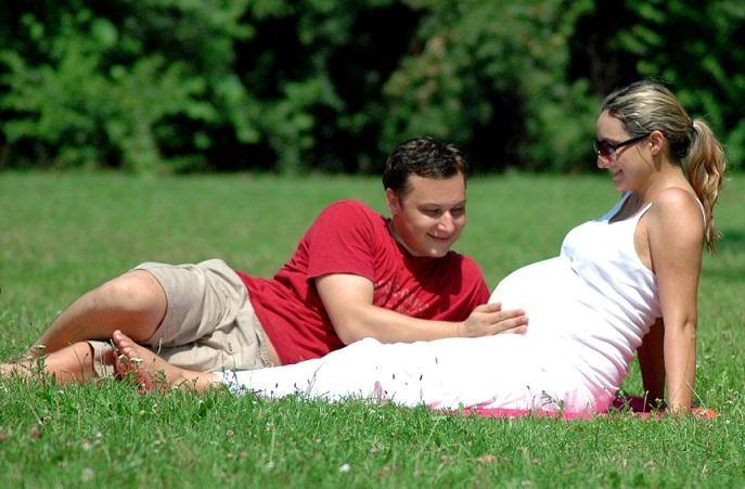 Czy grzybica pochwy w ciąży zagraża dziecku?